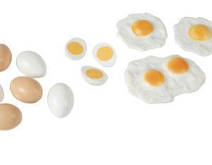 Plastic egg set