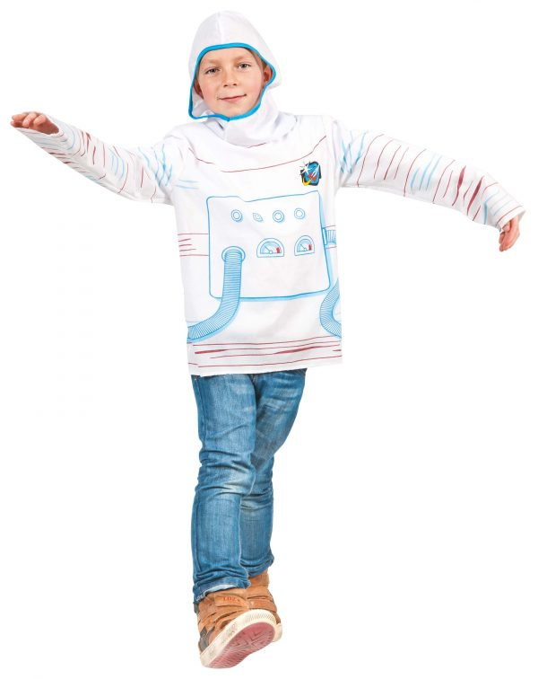 Dressing up Astronaut
